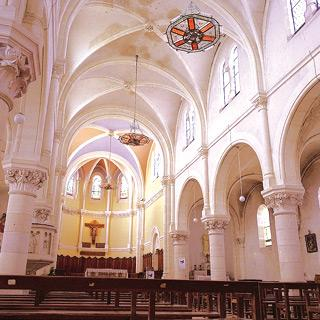 Отопление церкви люстрами SBM